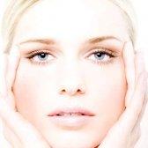 Як почистити світлу шкіру