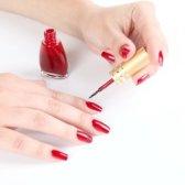 Як нафарбувати нігті вдома