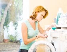 Як відмити масляну фарбу з одягу