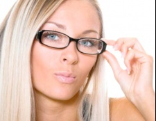 Як звикнути до окулярів
