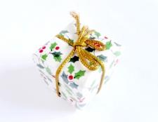 Як зробити подарунок дівчині