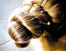 Як зробити пучок з довгого волосся
