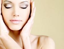 Як зберегти овал обличчя