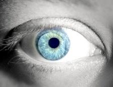 Як підібрати контактні лінзи